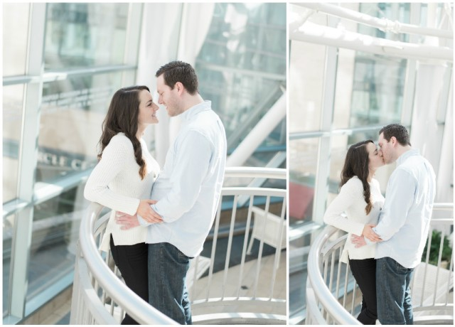 Downtown-Indianapolis-Engagement-Pictures